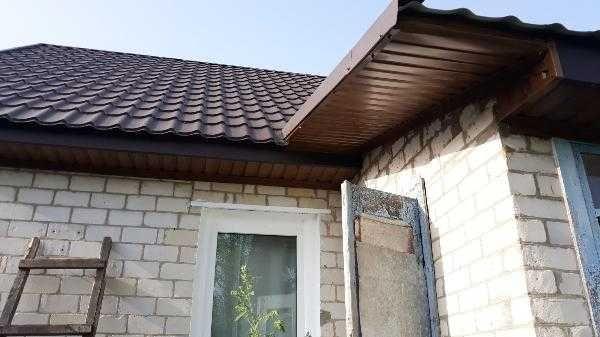 Будівельні послуги по ремонту даху, підсубійка, підмурівка фронтонів.