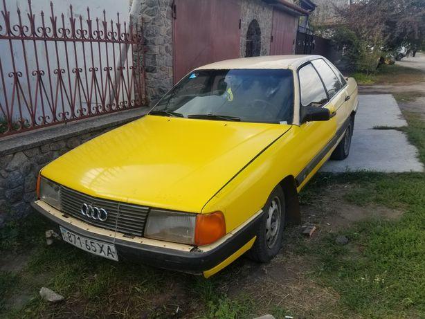 Audi 100 c3 1984
