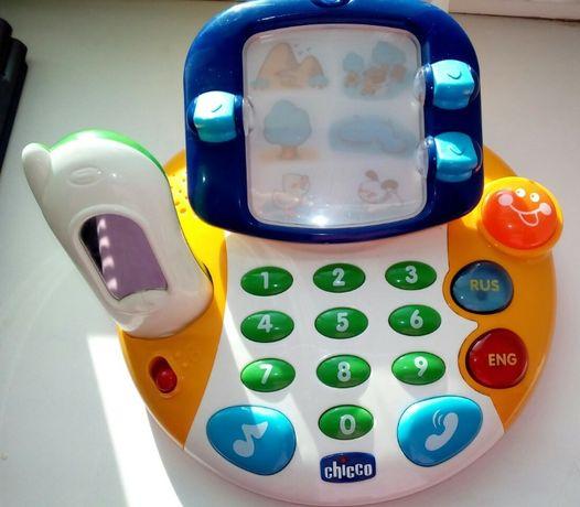 Продам англоязычный видеотелефон. Всё в рабочем состоянии.