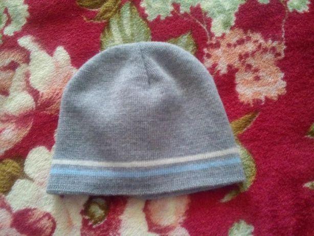 тепленькая шапочка до 3 лет