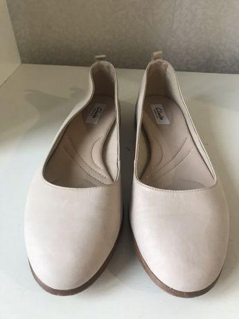 Новые кожанные, кожаные туфли clarks, кларкс, 39 размер.