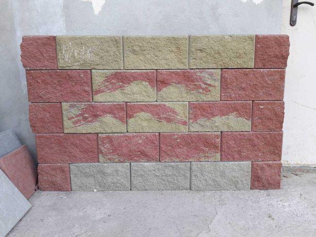 Блок декоративный заборный, колотый. Рваный камень