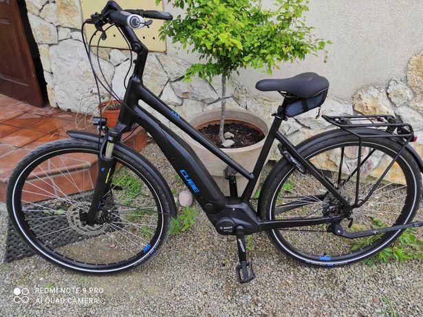 rower elektryczny CUBE Touring rozmiar L