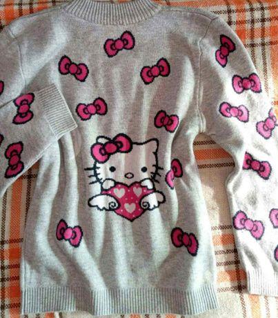 Красивый свитер Хеллоу Кити теплый!!