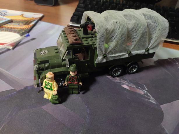 Лего военная машина(грузовик)
