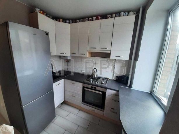 Продам 2-к квартиру в Соломенском районе Киева