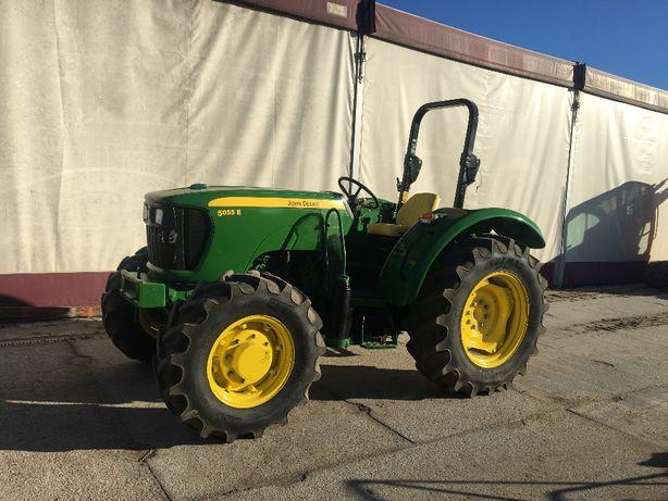 Traktor, ciągnik rolniczy, ogrodniczy John Deere 5055E