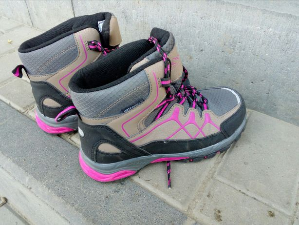 Kozaki, buty zimowe, 33