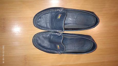 Продам детские кожаные туфли 32 размер