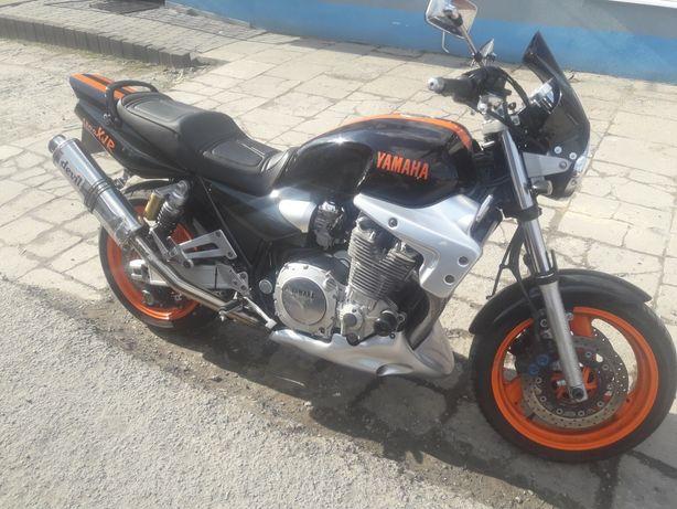 Yamaha Xjr 1300 00
