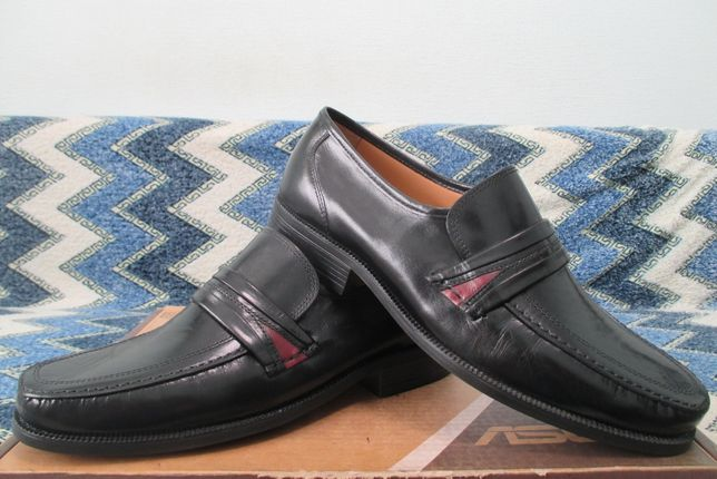 Clarks Extra Wide p.44-45 UK10
