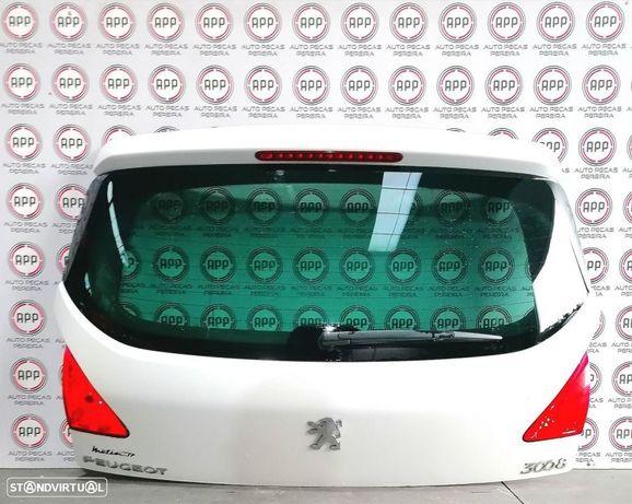 Tampa de mala Peugeot 3008 de 2012.