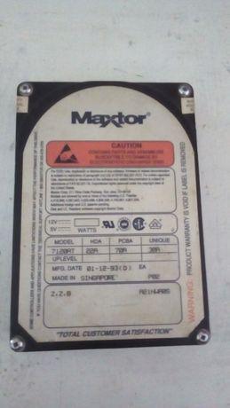 Старовинний жосткий діск Maxtor аж на 120МБ) вродє би даже рабочий