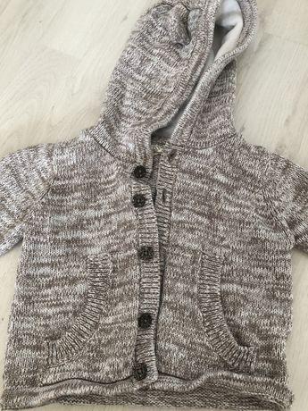 Sweterek Niemowlęcy Z Kapturem r.62/68