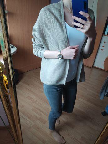 Sweterek złota nitka