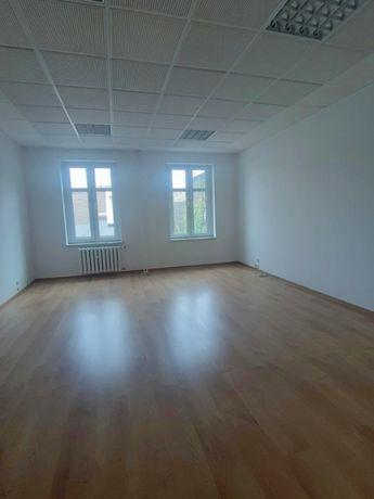140 m2 / Biuro, Kancelaria, Gabinety - PÓŁ PIĘTRA - ul:OPOLSKA ! WINDA