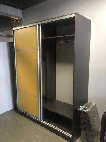 Проадам шкаф