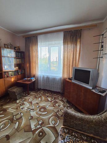 Продам 2-кімнатну квартиру у смт. Варва