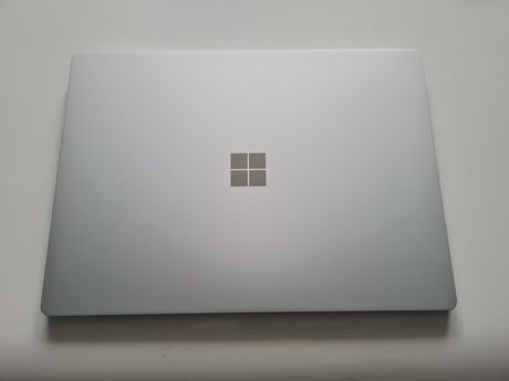 Microsoft Surface Laptop 2, i5-8350, 8GB, 256GB SSD NVMe, WIN10 Pro