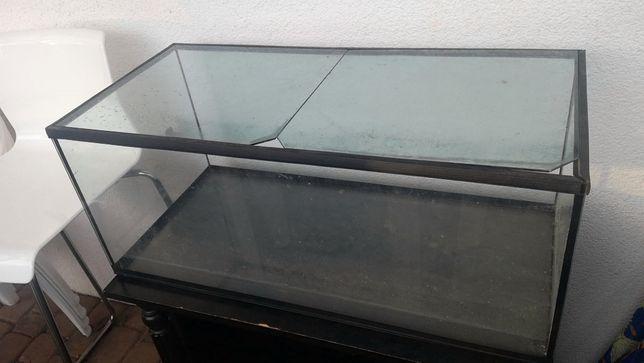 porządne ,akwarium, 70x30x30cm, z osłonami