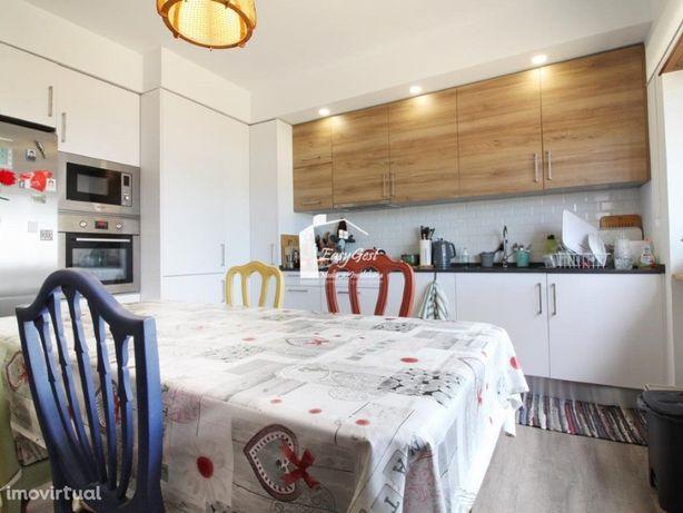 Apartamento T2, remodelado, com 110 m2 em Pinhal de Frades