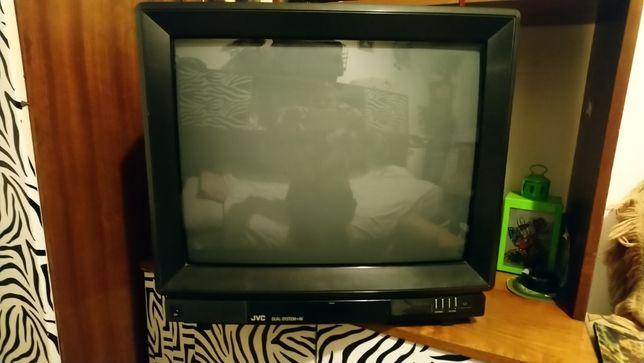 Telewizor JVC z dekoderem