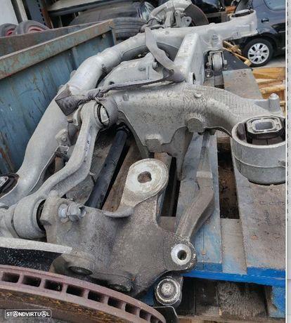 Suspensão traseira BMW Serie 5 F10 F11 - diferencial charriot eixo manga eixo traseira