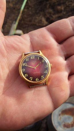 Часы ,,Чайка,, позолота AU10 ,,Олимпиада,, Москва 1980