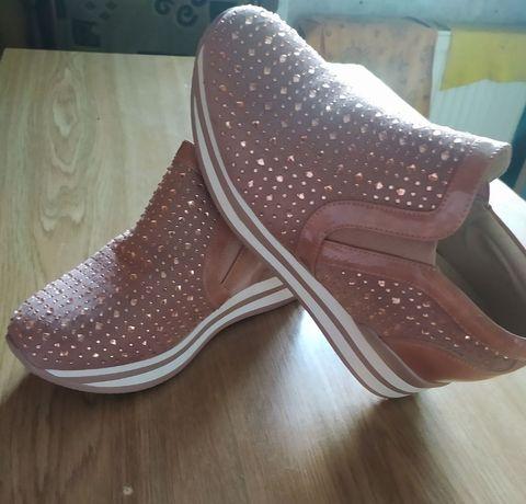 Ботиночки кросівки снікерси