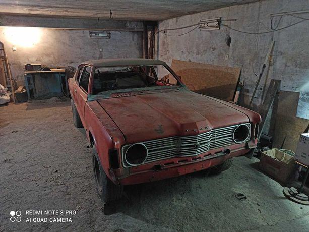 Ford taunus (mustang)