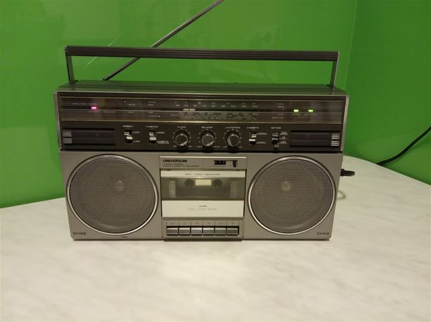 Radiomagnetofon Universum CTR2336-2 z lat 80