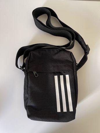 Bolsa Adidas com alça ajustavel