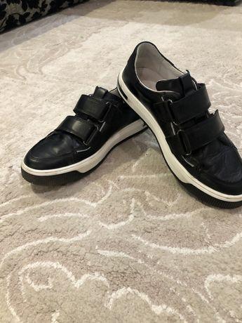 Кожаные туфли-кеды 37 размер