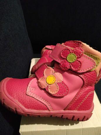 Zimowe buty śniegowce skórzane 22 dziewczynka j. Bartek 14,6 cm