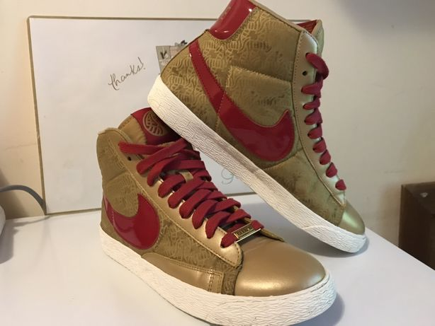 "Buty Nike  WMNS Blazer Mid ""Year of the Horse""eu40"