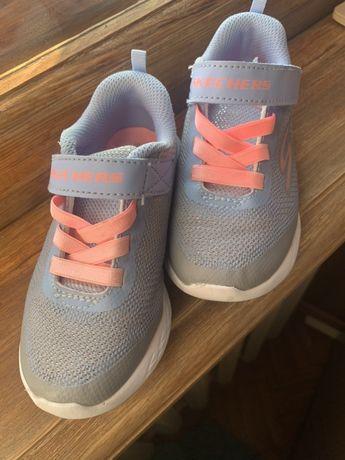 Skechers 25 разм., кроссовки для девочки