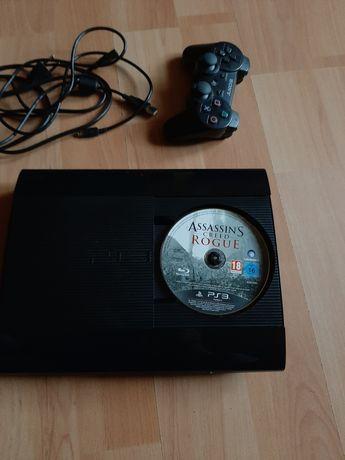 Play Station 3 PS3 stan bardzo dobry plus gra Assassin Rogue 500gb