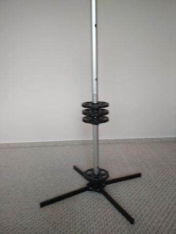 Stojak aluminiowy na opony