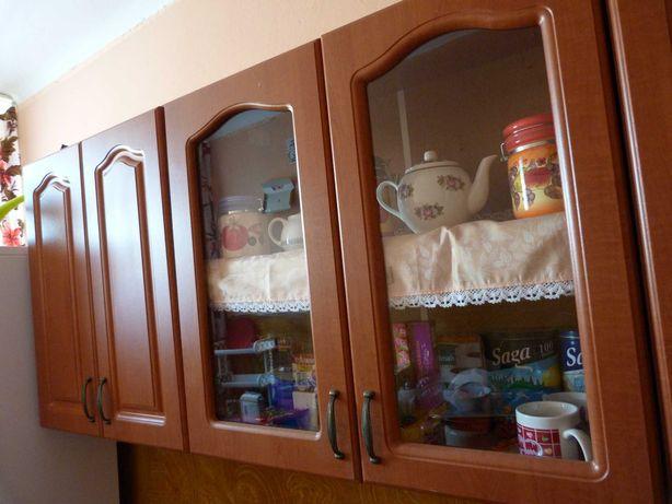 Meble kuchenne - szafki dolne i górne.