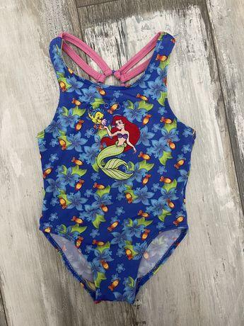 Очень красивый купальник  на возраст 2-3 года
