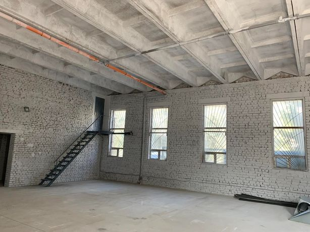 Склад, производство - 60, 140, 170, 280 метров - офис 20 + 20 метров