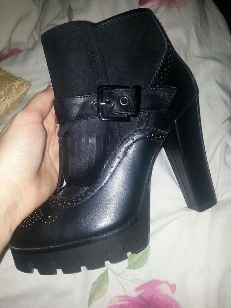 Классные ботинки.