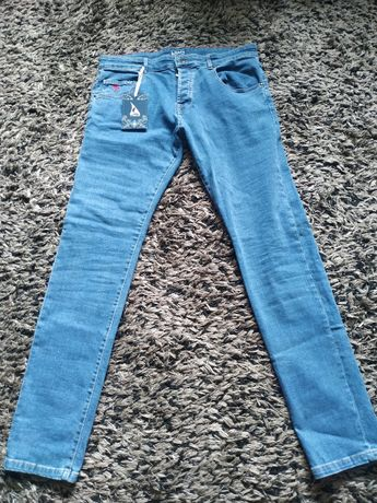 jeans Pivert rozmiar 48 ( W34 L32) casual/fred perry