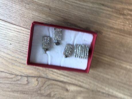 Zestaw biżurerii cekiny srebo kolczyki pierścionek zawieszka