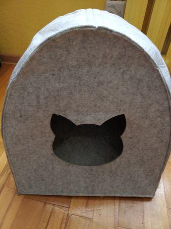 Domek budka kotek piesek króliczek