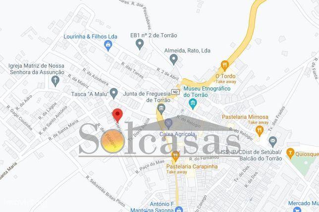 Excelente Lote no centro histórico do Torrão - Alcácer do Sal