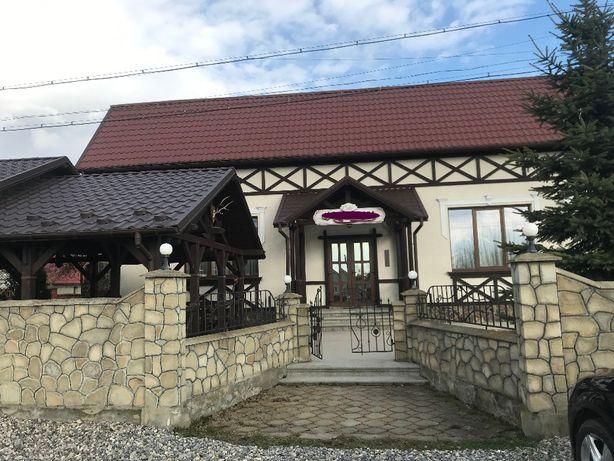 Колиба-ресторан біля м.Івано-Франківська
