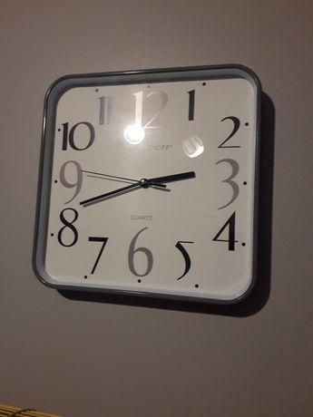 Nowy piekny zegar