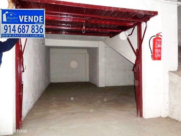 Imóvel de Banco/ Garagem com 23m2 - Lousã