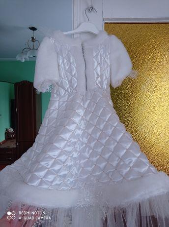 Плаття снігової королеви, сніжинки